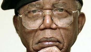 Chinua Achebe, auteur du best seller things fall appart.