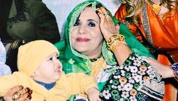 028102013114410000000JA2755p014 Ahlam.Mostaghanemi dans beauté