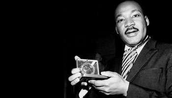 Martin Luther King, le 10 décembre 1964 à Stockholm.