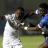 Le Congolais Cédric Mabwati au duel avec le Cap-verdien Stopira Tavares