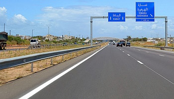 le maroc pr voit de construire un millier de km d autoroutes. Black Bedroom Furniture Sets. Home Design Ideas