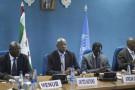 Le médiateur des Nations unies, Abdoulaye Bathily (2ème à gauche), lors d'une réunion pour la Mission d'observation électorale au Burundi, le 23 juin 2015 à Bujumbura.