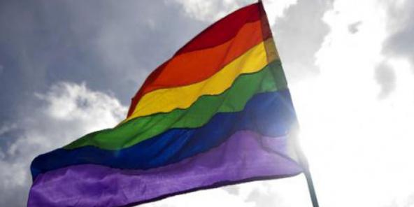 gay application de la loi datant