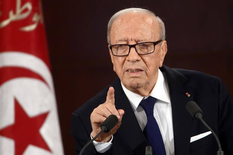 Tunisie : l'état d'urgence décrété et des responsables limogés