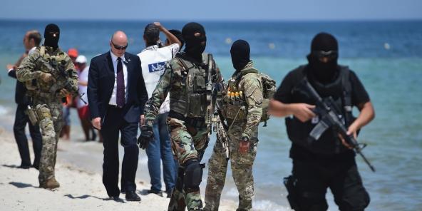 Tunisie comment le minist re de l int rieur tire les for Ministere exterieur tunisie