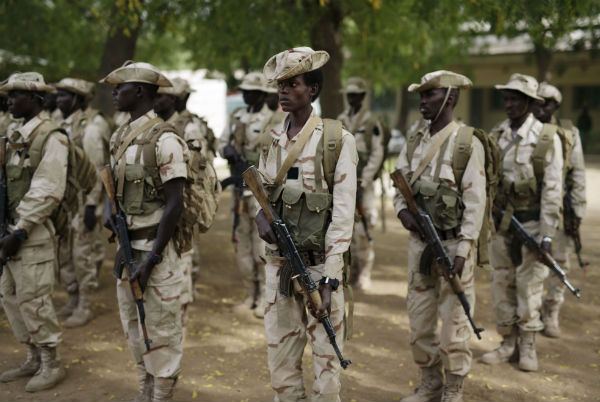 Tchad : quatre militaires et un journaliste tués par une mine après une attaque de Boko Haram