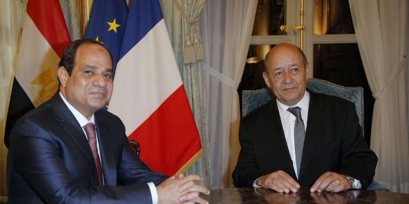 صحيفة جون أفريك:الأمن في ليبيا: محور باريس – القاهرة...... Sissi-LD-592x296