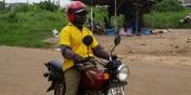 L'argent des Africains : Brice, conducteur de taxi-moto au Bénin - 213 euros par mois