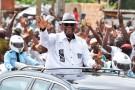 Le chef de l'État sortant, Alassane Ouattara, le 3 août, à Dabou (45 km à l'ouest d'Abidjan).