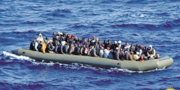 """Résultat de recherche d'images pour """"immigrés méditerranée traverser"""""""