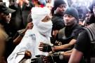 Le 20 juillet, lors de la première comparution de Hissène Habré devant les juges. Il avait déjà dû être amené de force au tribunal.