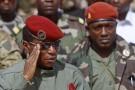 Moussa Dadis Camara et Toumba Diakité, le 2 octobre 2009 à Conakry.