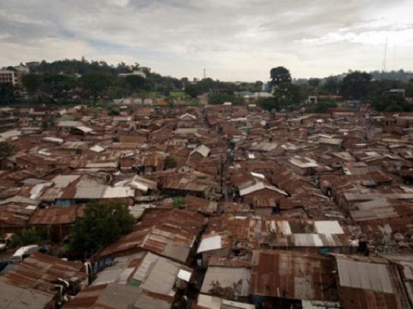 Le bidonville de Katanga, dans la capitale ougandaise de Kampala, le 18 décembre 2012.