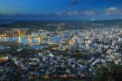 Port Louis (Maurice) vu du ciel, selon Afrasia, l'île dispose du plus haut niveau de richesse par habitant en Afrique, en 2018.