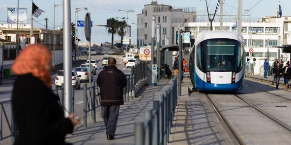 #tramway_alger_confinement