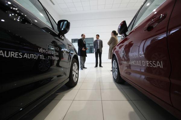 Environ 300 000 véhicules ont été importés en Algérie en 2015.