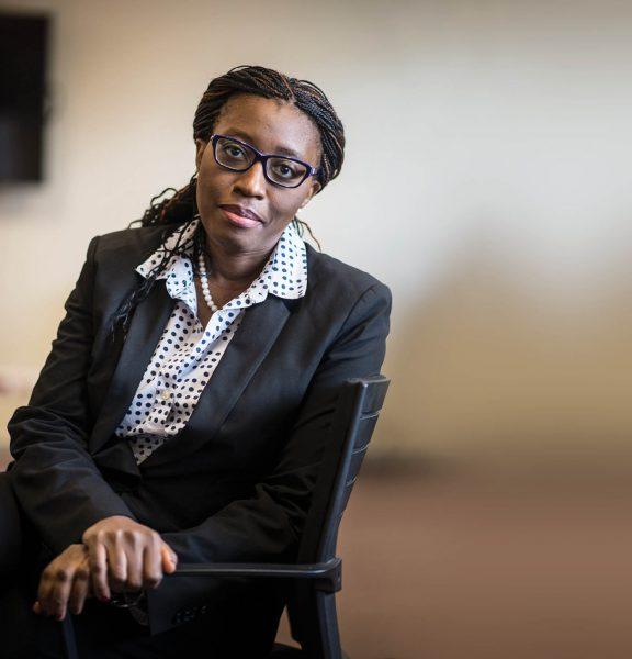 Vera Songwe a effectué une grande partie de sa carrière à la Banque mondiale