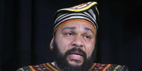 France : Dieudonné Mbala Mbala s'exilera-t-il au Cameroun en 2017 ?