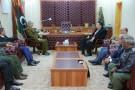 Le général Khalifa Haftar, commandant des forces loyales au gouvernement et Fayez al-Sarraj, chef du conseil présidentiel libyen reconnu par l'ONU, le 31 janvier 2016 à al-Marj.