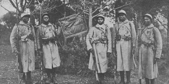 Histoire Qui Etaient Les Combattants Africains Des Deux Guerres Mondiales Jeune Afrique