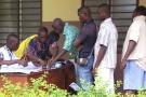 Bureau de vote à Seme Podji, au Bénin, pour le premier tour de l'élection présidentielle le 6 mars 2016.