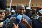 Faustin Archange Touadera à la sortie d'un bureau de vote, le 14 février 2016, à Bangui en Centrafrique.