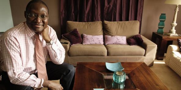 le financier camerounais cyrille nkontchou lance enko education abidjan. Black Bedroom Furniture Sets. Home Design Ideas