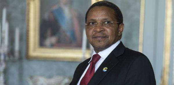 lancien président tanzanien Jakaya Kikwete, s'il obtenait le feu vert de son pays pour se porter candidat, aurais toutes ses chances.