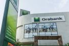Façade d'une agence de la banque Orabank à Abidjan, en Côte d'Ivoire, en mars 2016.