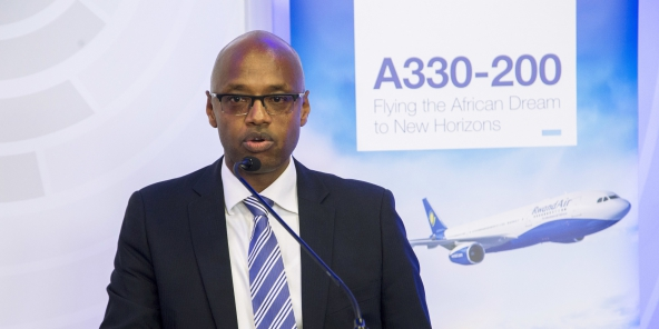 Jean Paul nyirubutama,Directeur de l'exploitation de RwandAir.Photo:Cyril NDEGEYA