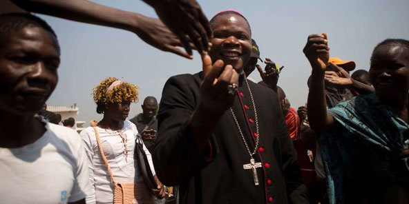 Dieudonné Nzapalainga, l'archevêque de Bangui., un autre acteur de la réconciliation ente les communautés. © AP/SIPA