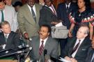 Le 11 janvier 1994, Antoine Ntsimi, ministre camerounais des finances, lit la déclaration des chefs d'Etat à Dakar.