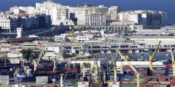 Vue du port d'Alger le 25 novembre 2016.