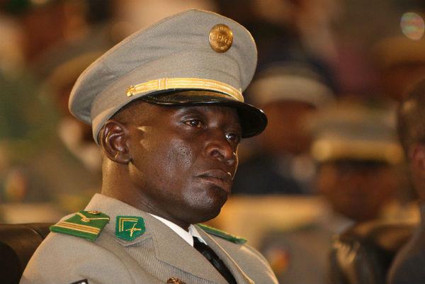 Amadou Haya Sanogo lors de la prestation de serment du président par intérim Dioncounda Traoré à Bamako le 12 avril 2012.
