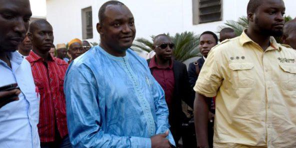 Gambie : Adama Barrow résidera au Sénégal jusqu'à son investiture…Explication !