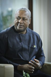 L'ex-président ghanéen John Dramani Mahama, à Paris le 6 octobre 2015.