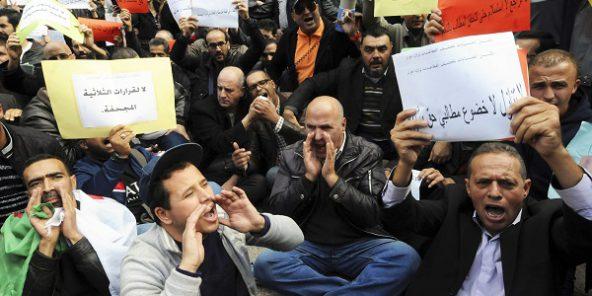 """Résultat de recherche d'images pour """"travailleurs algériens manifestation"""""""
