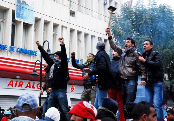 Manifestation contre le Premier ministre provisoire, Mohamed Ghannouchi, le 26février 2011, à Tunis.