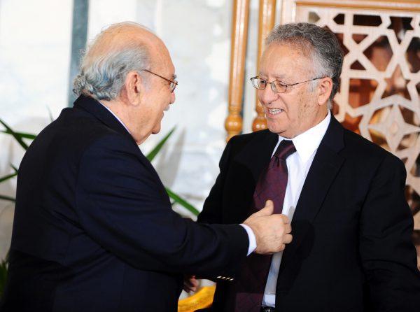 Yadh Ben Achour avec le président provisoire Fouad Mebazaa, le 13octobre 2011, à Tunis.