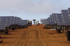 Dans un parc photovoltaïque, en Afrique du Sud, en mars 2016 (photo d'illustration).