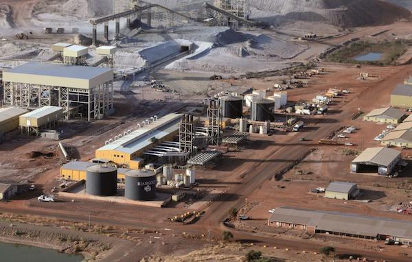 Une centrale thermique d'une puissance de 57MW alimente le complexe d'Essakane, exploité par Iamgold