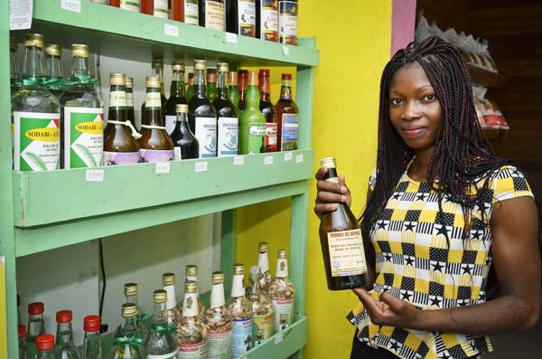 Odile Gnonwin, fondatrice et directrice générale du Centre de transformation des noix tigrées.