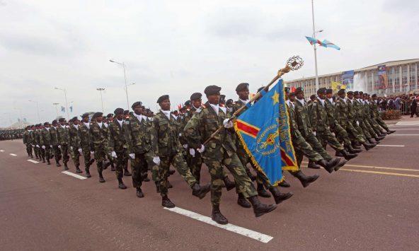 Parade des Forces armées de RDC à Kinshasa, lors du 54e anniversaire de l'indépendance de la Belgique, le 30 juin 2014.
