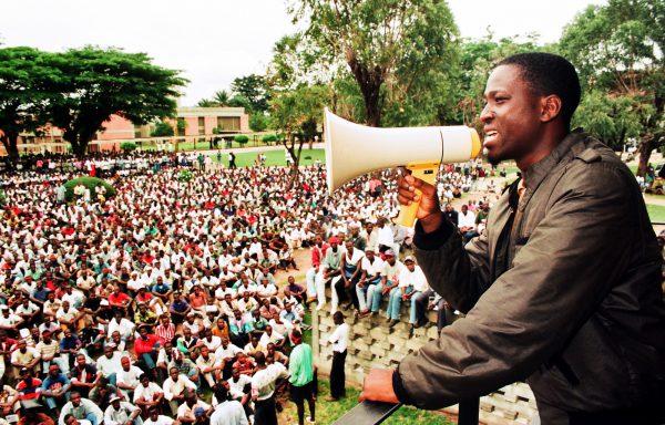 Au cours d'un meeting sur le campus de l'université de Cocody, en 1997: le jeune secrétaire général de la Fesci est un vrai tribun.