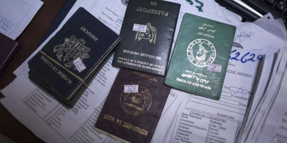 Timbre Carte Grise Algerie.Fact Checking Les Documents Biometriques Sont Ils Moins