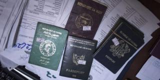 Plusieurs passeports africains (photo d'illustration)