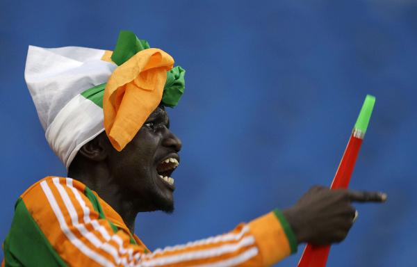 Un supporter de l'équipe de football de Côte d'Ivoire.