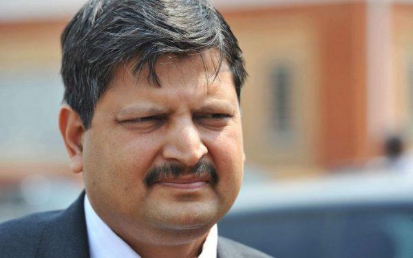 Le richissime homme d'affaires Atul Gupta dans les rues de Johannesburg, en septembre 2010.
