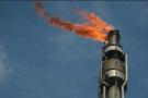 Vue d'une raffinerie de pétrole.