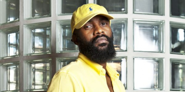 Fally Ipupa, chanteur, auteur compositeur. À Paris le 23 juin 2017